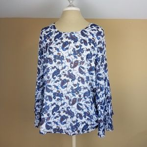 4/$25 Luna Project White/Blue Paisley Blouse
